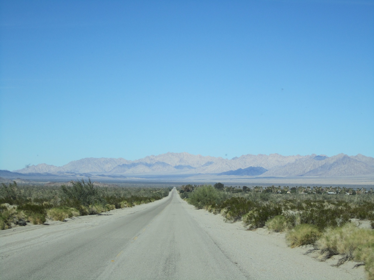 The Road Heading To Lake Tamarisk RV Resort. You Start To Wonder What You Got Yourself Into.