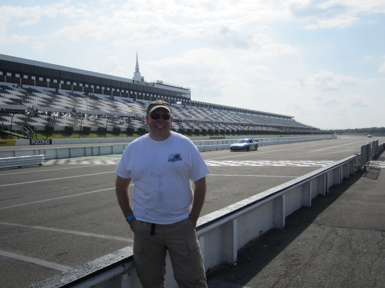 David And The Race Track