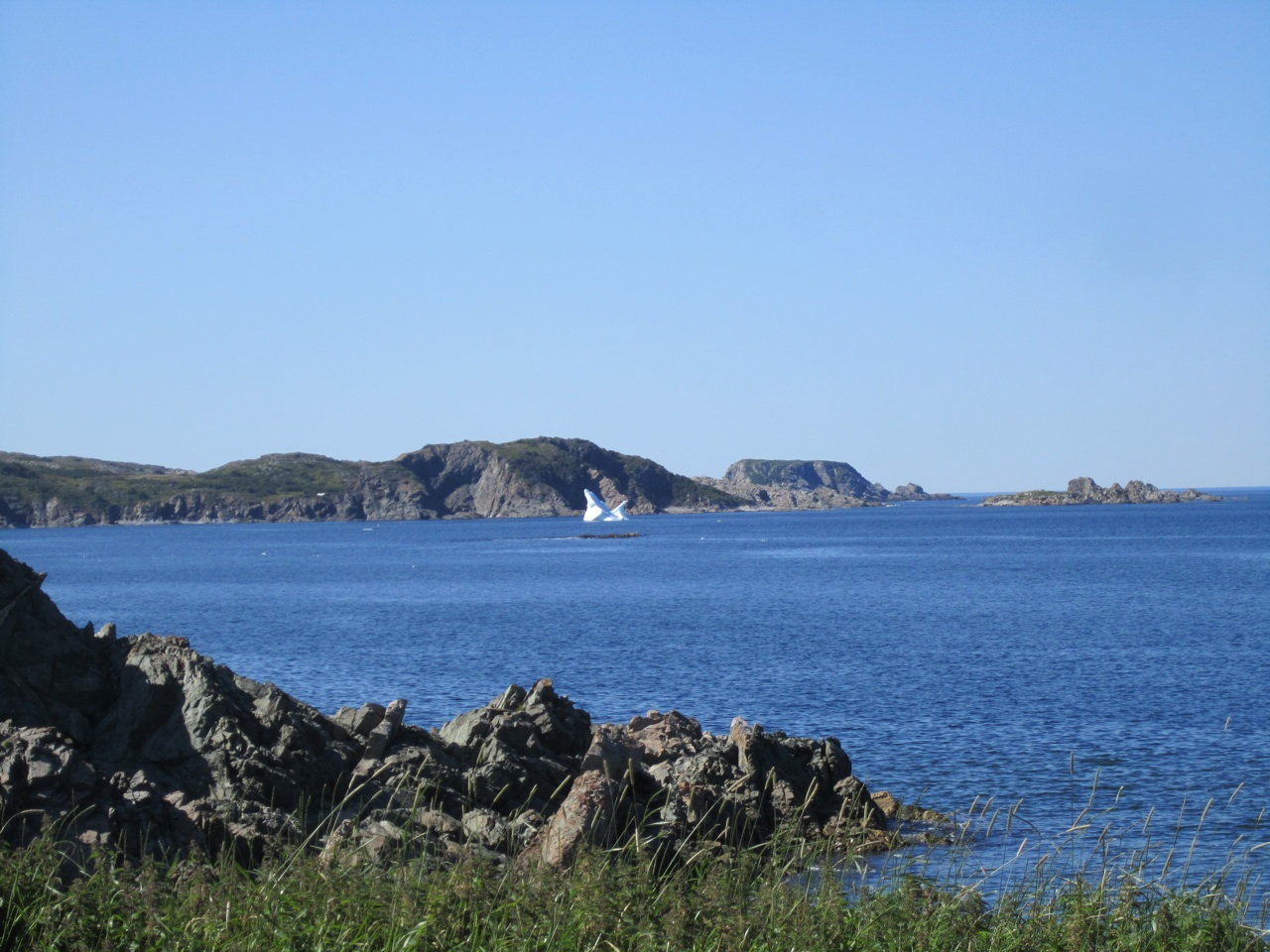 A Large Iceberg In The Waters In Twillingate