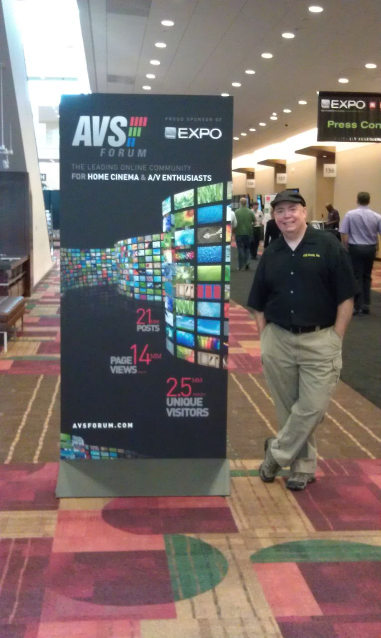 David And The AVSForum.com Banner At The Show