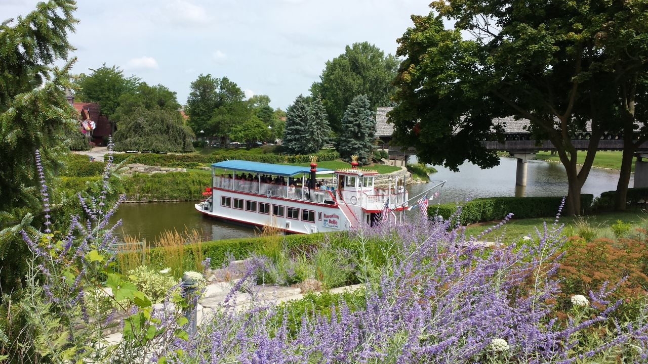 Tour Boats Along The River In Frankenmuth, MI