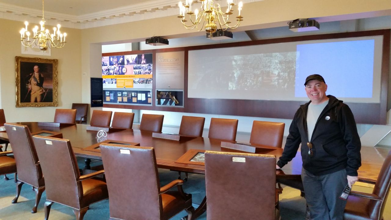 Life Sized Replica Of The Cabinet Room